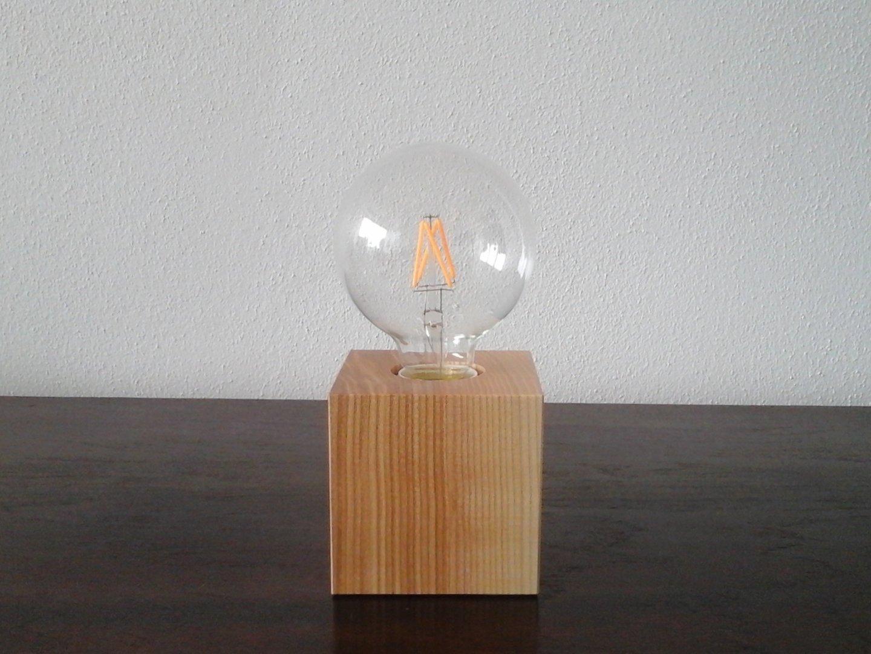 cube tischlampe esche holz leuchtenmanufaktur brodauf. Black Bedroom Furniture Sets. Home Design Ideas