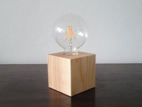 Cube-Tischlampe Holz